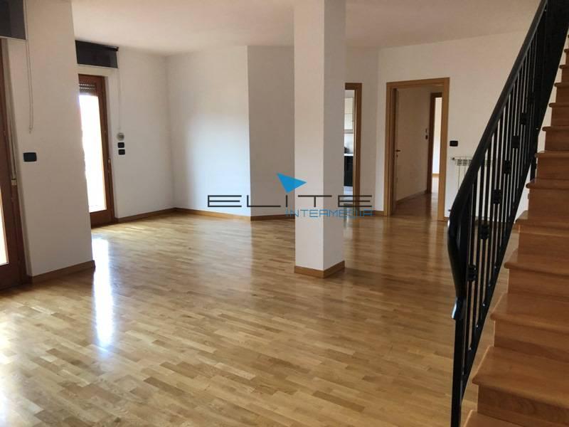 attico mansarda francavilla al mare vendita 230.000 195 mq