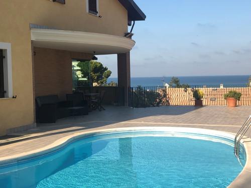 Villa bifamiliare in Vendita a Francavilla al Mare