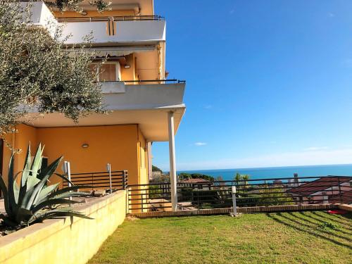 Appartamento con giardino in Vendita a Montesilvano