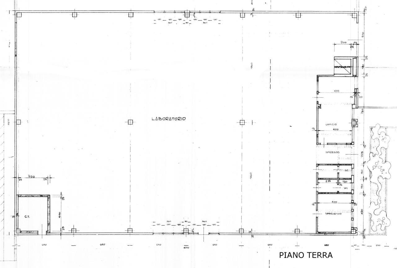 Capannone in vendita a Paese, 9999 locali, zona Zona: Padernello, prezzo € 520.000 | Cambio Casa.it