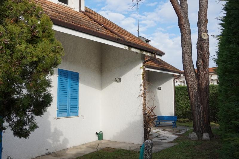 Villa in vendita a Comacchio, 6 locali, zona Località: LidodelleNazioni, prezzo € 198.000   CambioCasa.it
