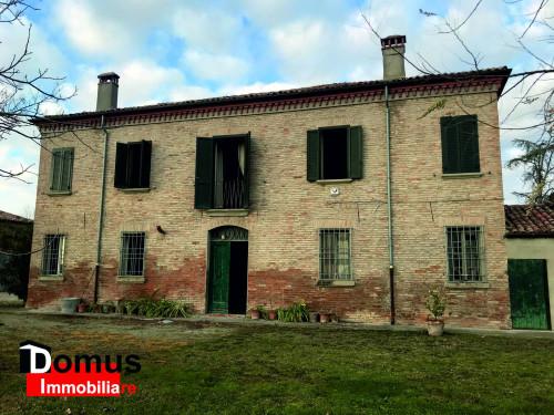 Casale in Vendita a Ferrara