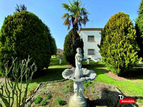 Casa Monofamigliare in Vendita a Ferrara
