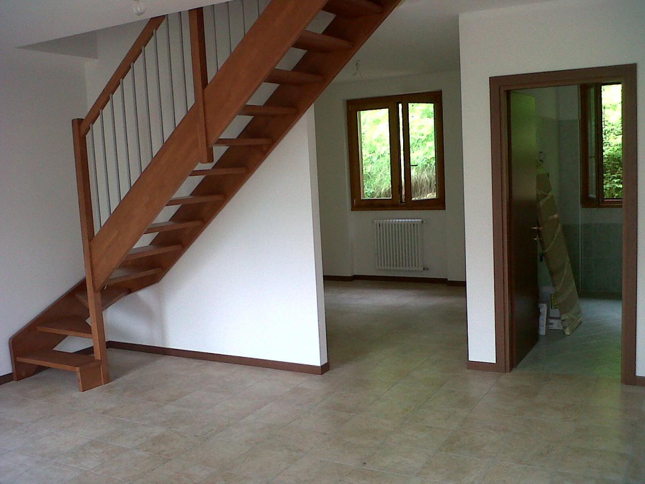 Appartamento in vendita a Pasturo, 4 locali, prezzo € 150.000 | Cambio Casa.it