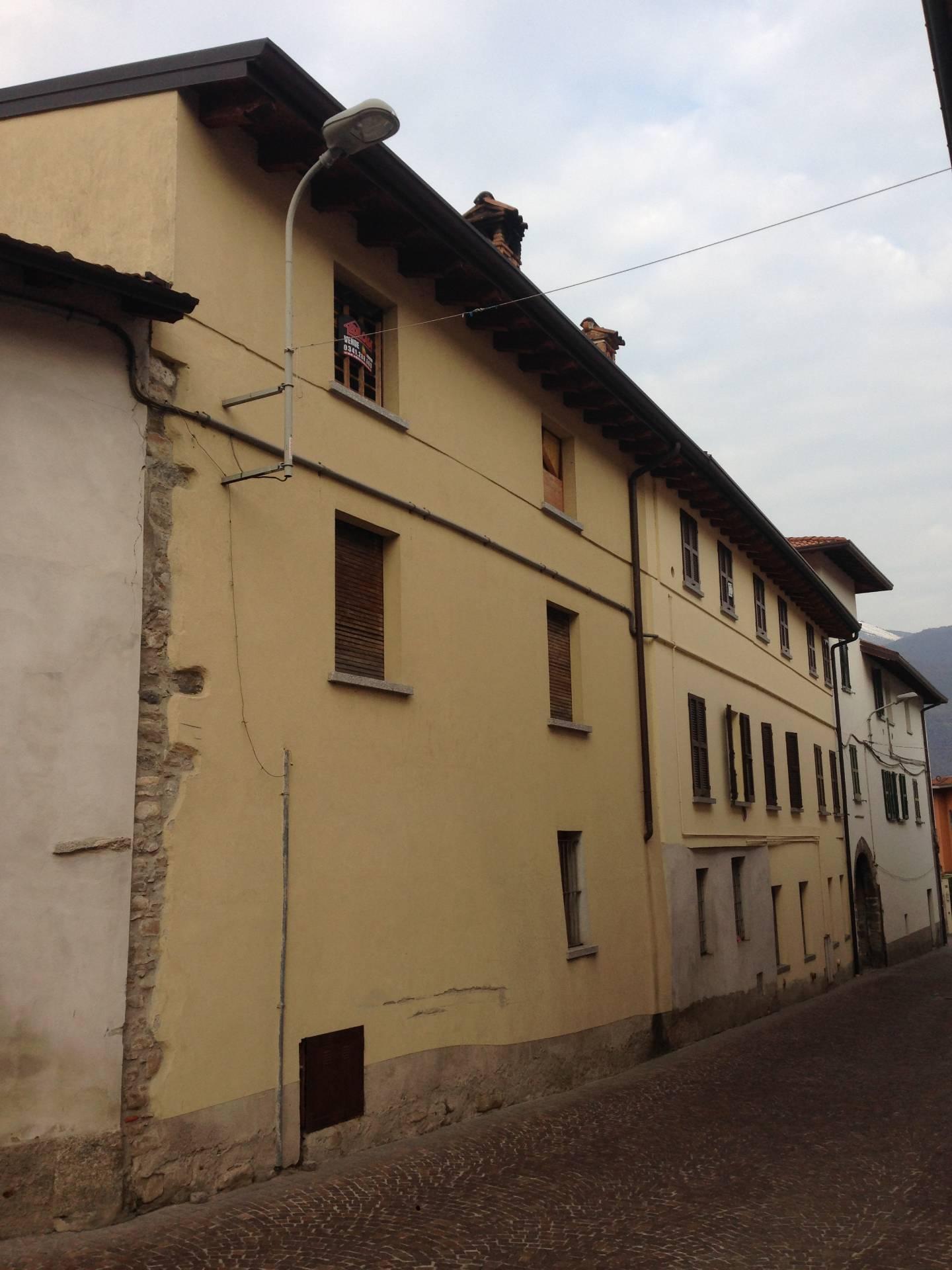 Appartamento in vendita a Valgreghentino, 3 locali, prezzo € 55.000 | Cambio Casa.it