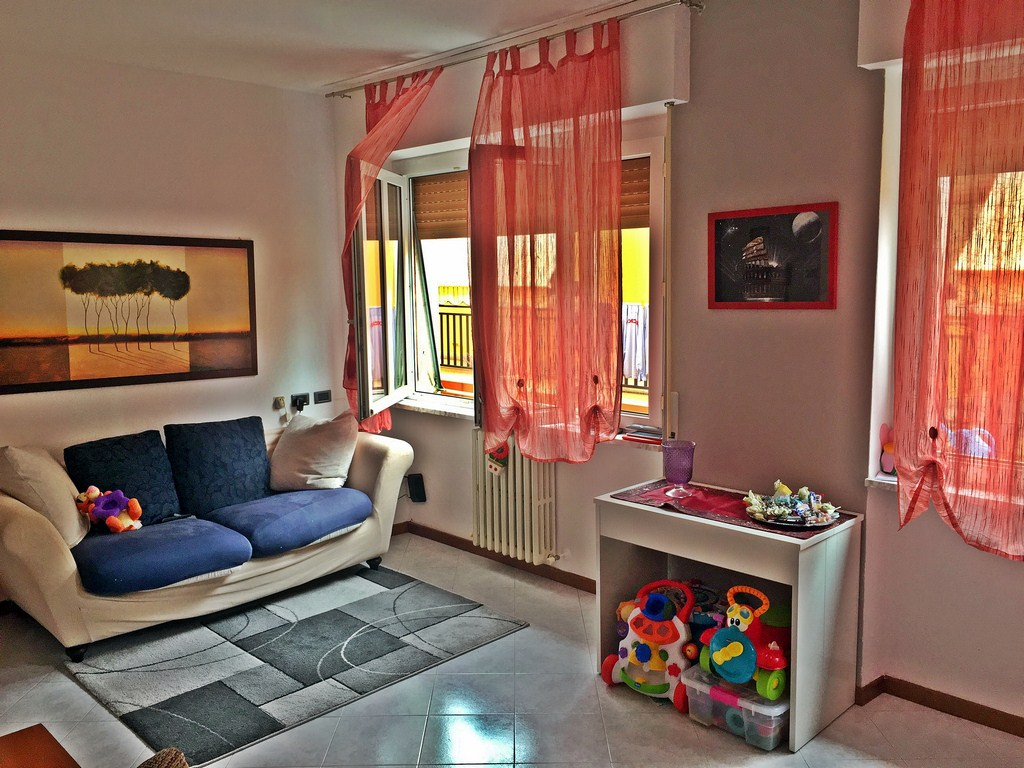 Appartamento in vendita a Galbiate, 3 locali, prezzo € 120.000 | Cambio Casa.it