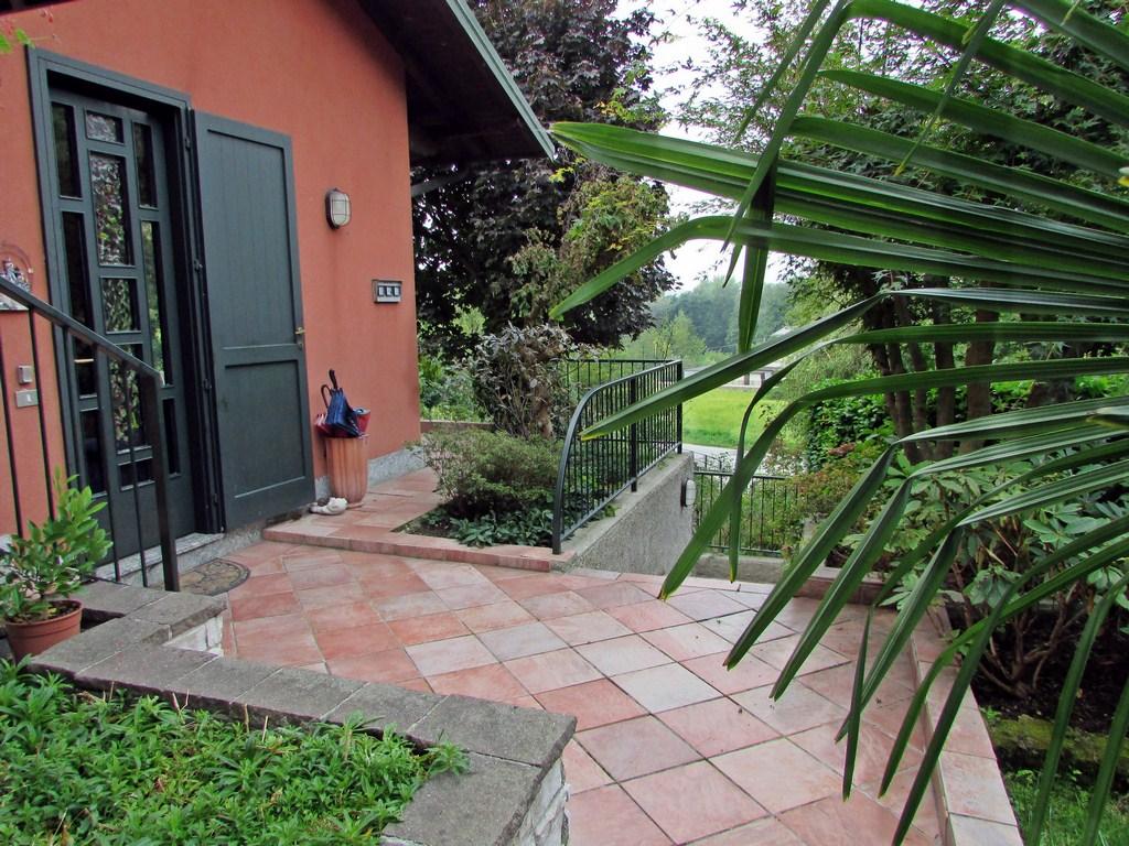 Villa Bifamiliare in Vendita a Galbiate