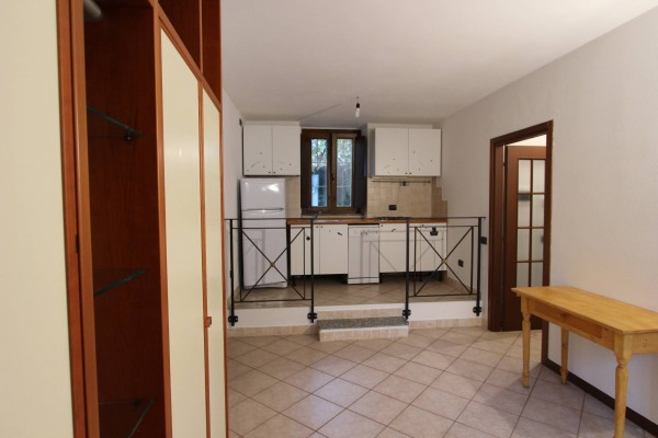 Appartamento in vendita a Valgreghentino, 3 locali, prezzo € 94.000 | Cambio Casa.it