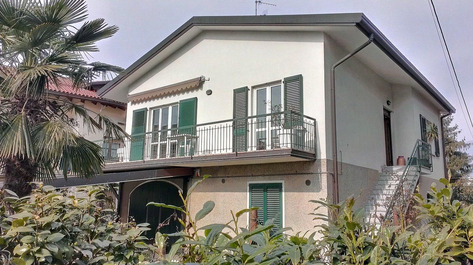 Villa in vendita a Oggiono, 4 locali, prezzo € 430.000 | Cambio Casa.it