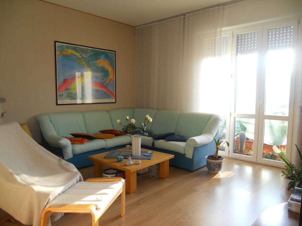Appartamento in vendita a Lecco, 4 locali, zona Zona: Acquate, prezzo € 195.000 | Cambio Casa.it
