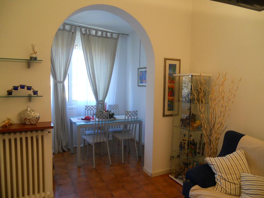 Villa in vendita a Lecco, 6 locali, zona Zona: Chiuso, prezzo € 298.000 | Cambio Casa.it
