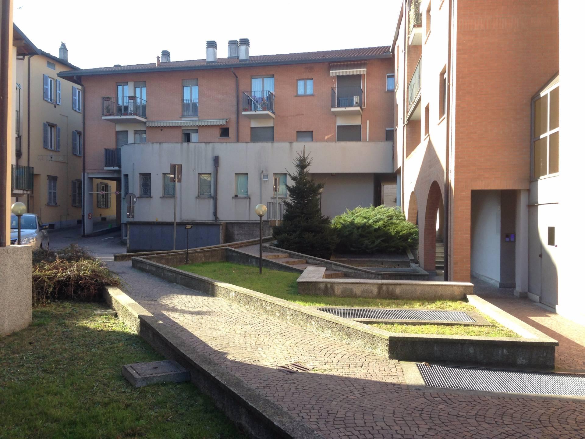 Appartamento in vendita a Olginate, 3 locali, prezzo € 150.000 | Cambio Casa.it