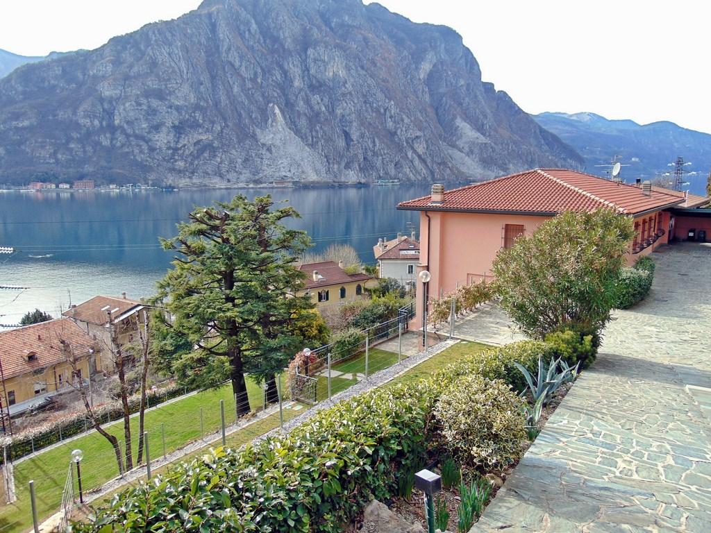 Villa in vendita a Lecco, 6 locali, prezzo € 1.000.000 | Cambio Casa.it
