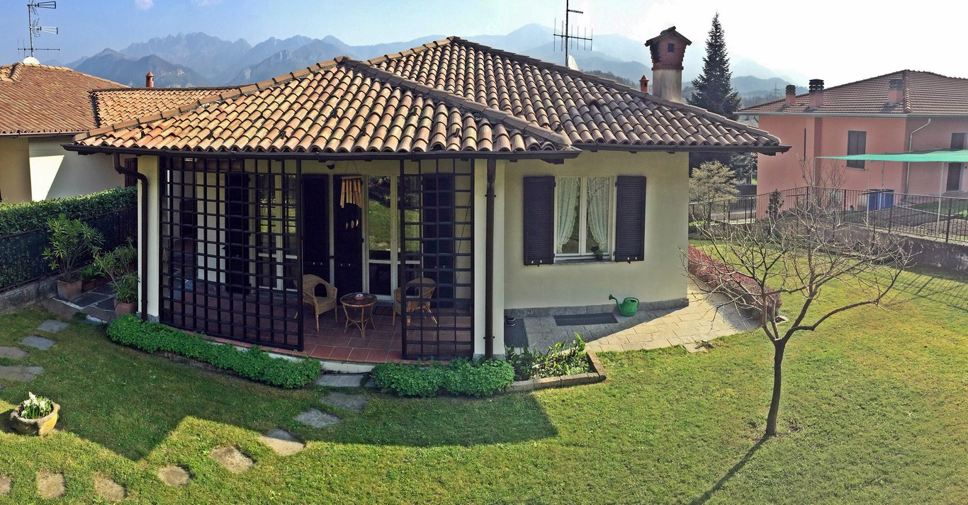Villa in Vendita a Valgreghentino