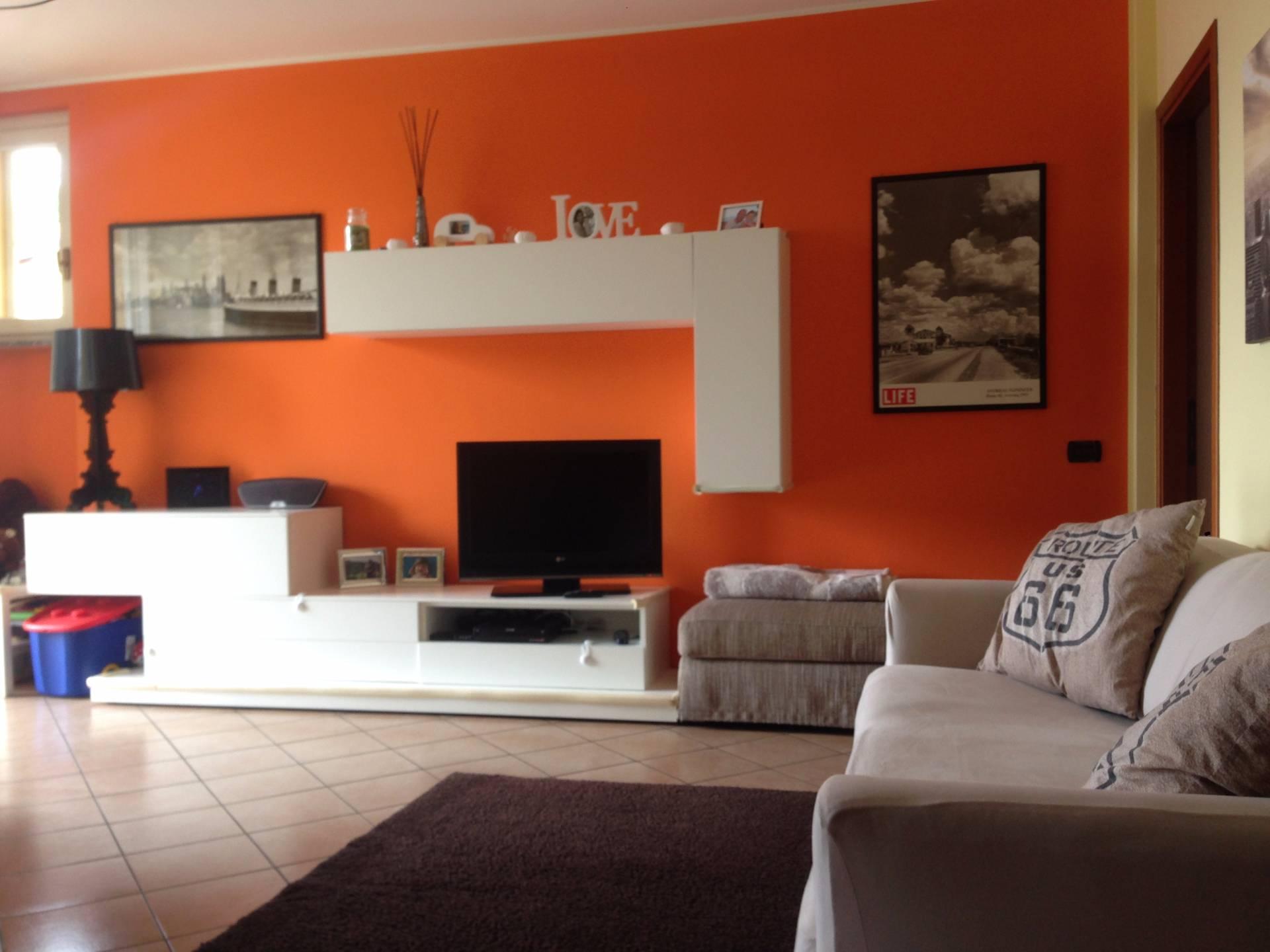Appartamento in vendita a Sirone, 3 locali, prezzo € 135.000 | Cambio Casa.it