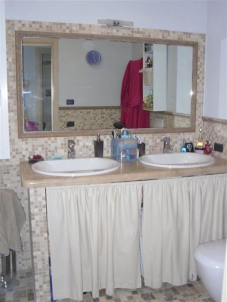 Villa in vendita a Magliolo, 6 locali, prezzo € 600.000 | CambioCasa.it