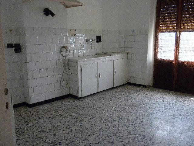 Appartamento in vendita a Bajardo, 3 locali, prezzo € 90.000   CambioCasa.it