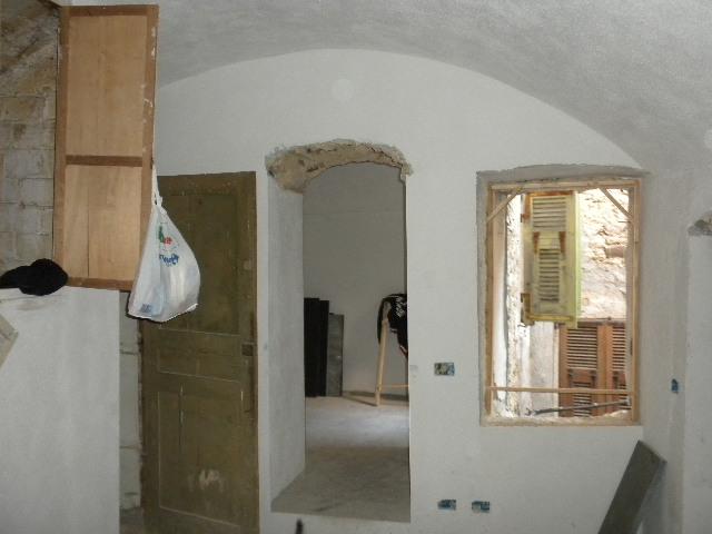 Palazzo / Stabile in vendita a Vallebona, 4 locali, prezzo € 240.000 | CambioCasa.it