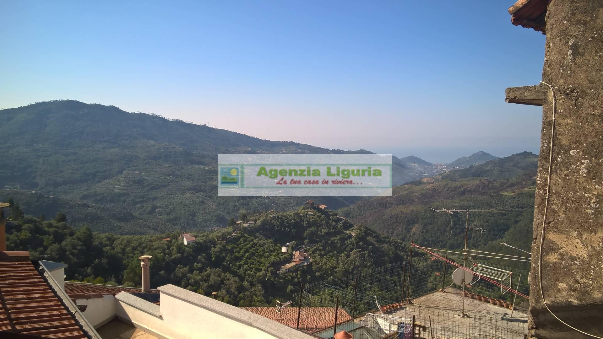Appartamento in vendita a Perinaldo, 5 locali, prezzo € 40.000 | PortaleAgenzieImmobiliari.it