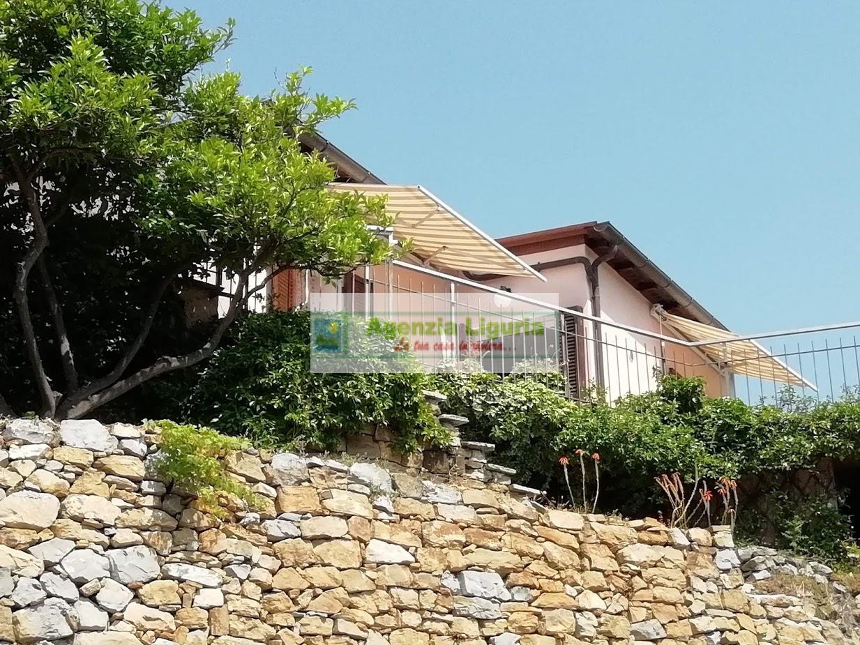 Soluzione Indipendente in vendita a Soldano, 3 locali, prezzo € 135.000   CambioCasa.it