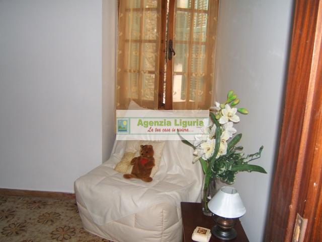 Appartamento in vendita a Perinaldo, 2 locali, prezzo € 35.000   CambioCasa.it