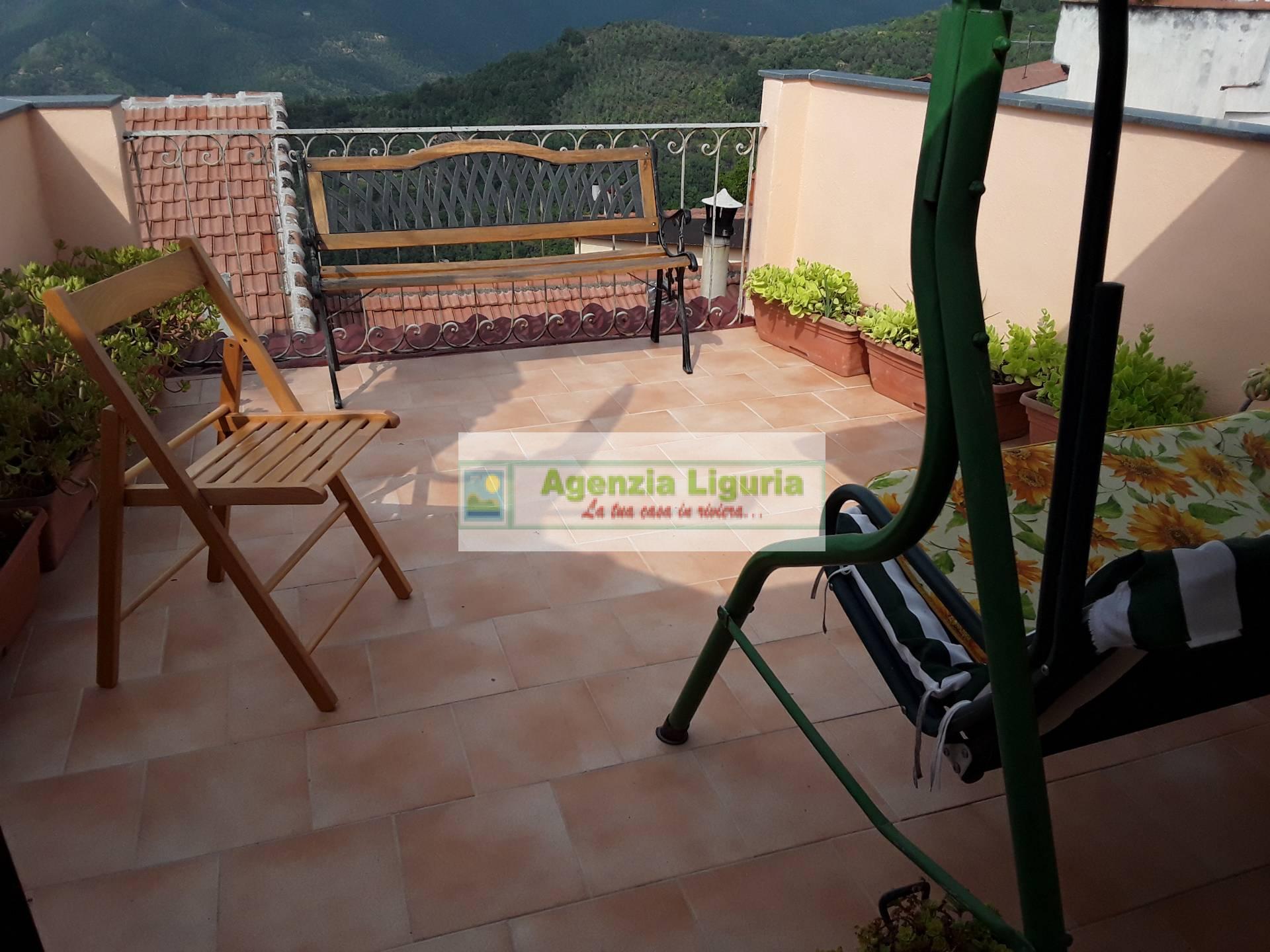 Appartamento in vendita a Perinaldo, 6 locali, prezzo € 95.000 | PortaleAgenzieImmobiliari.it