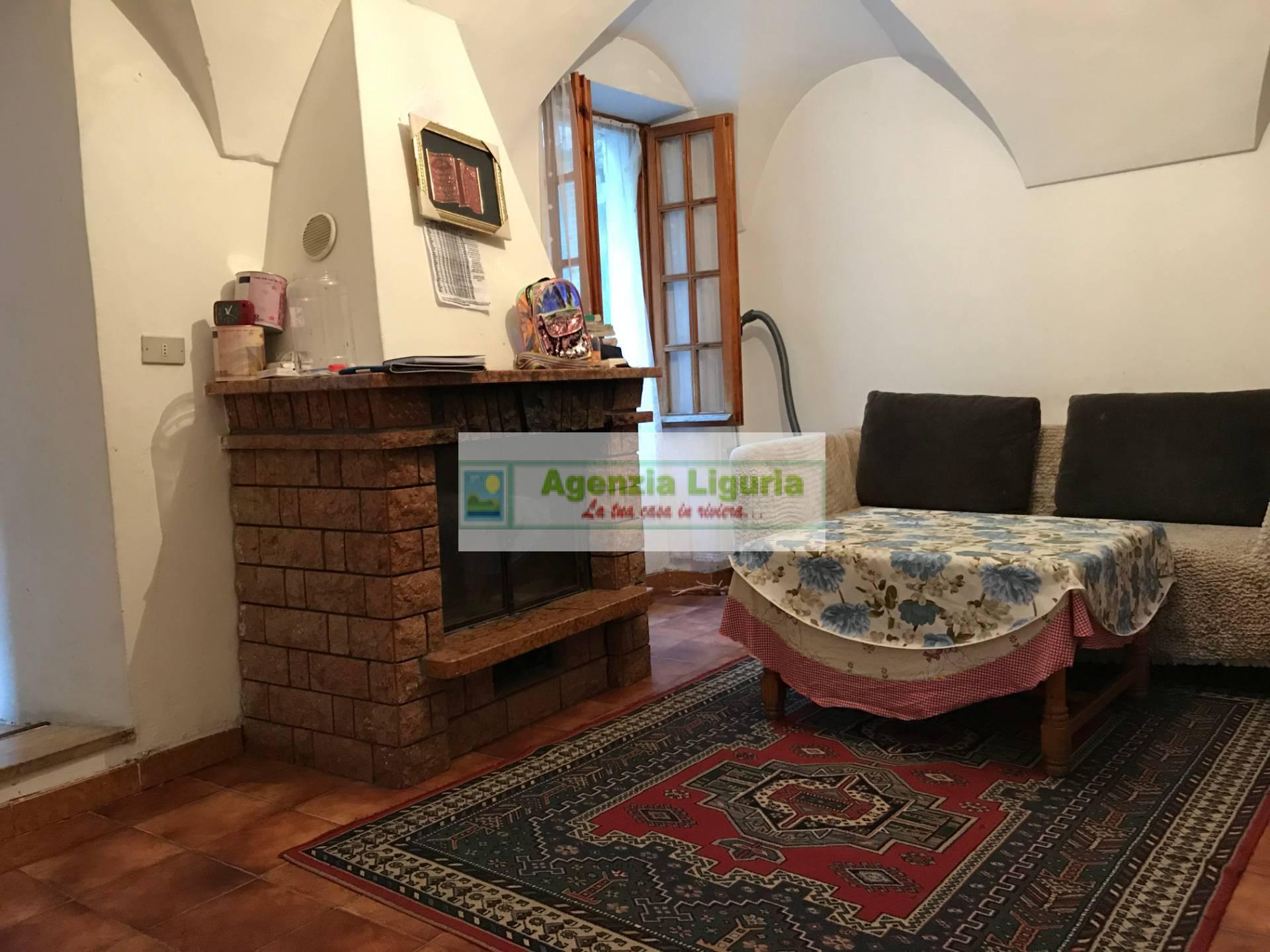 Appartamento in vendita a San Biagio della Cima, 6 locali, prezzo € 120.000   PortaleAgenzieImmobiliari.it