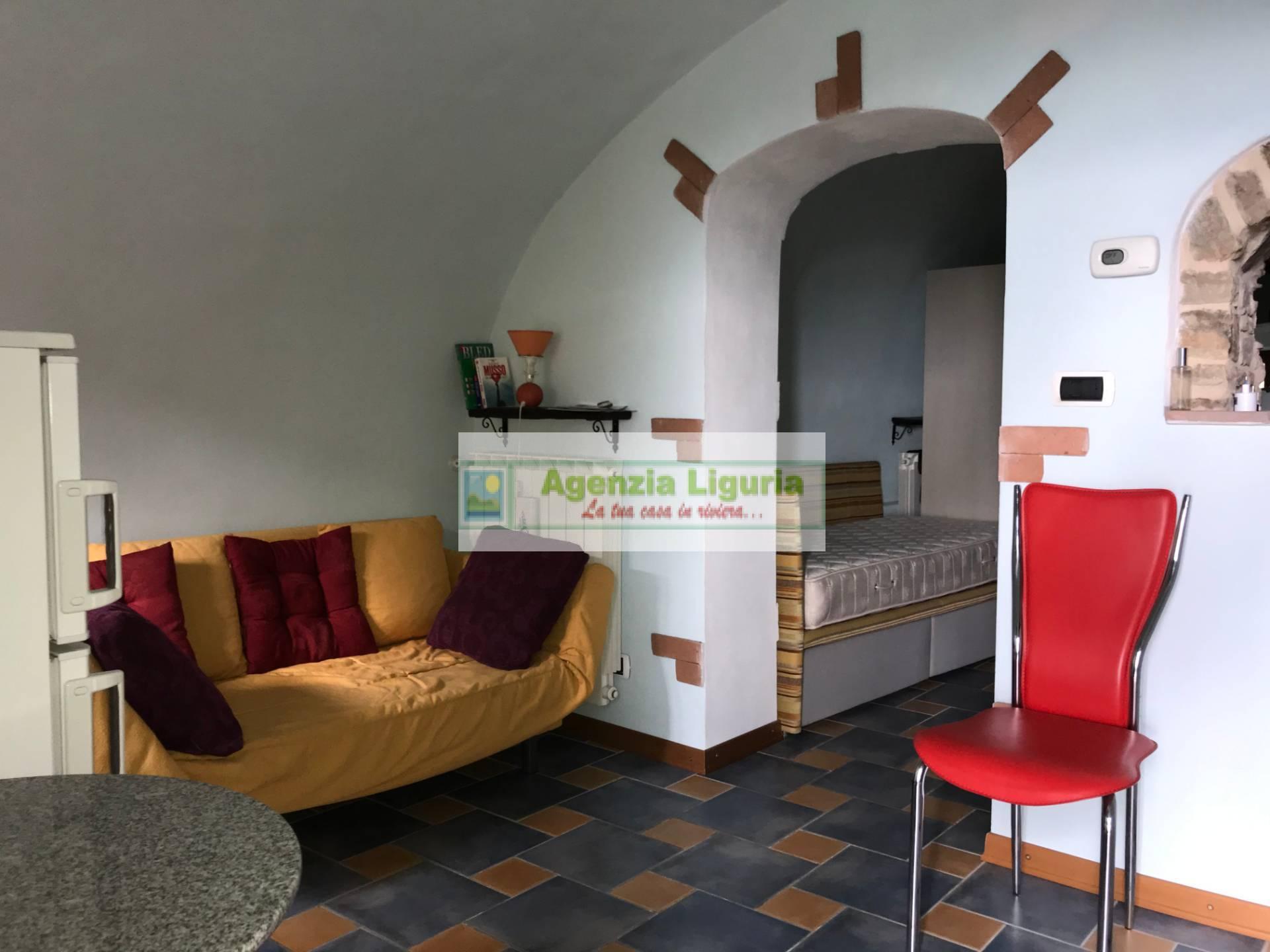 Appartamento in vendita a Perinaldo, 2 locali, prezzo € 75.000 | PortaleAgenzieImmobiliari.it