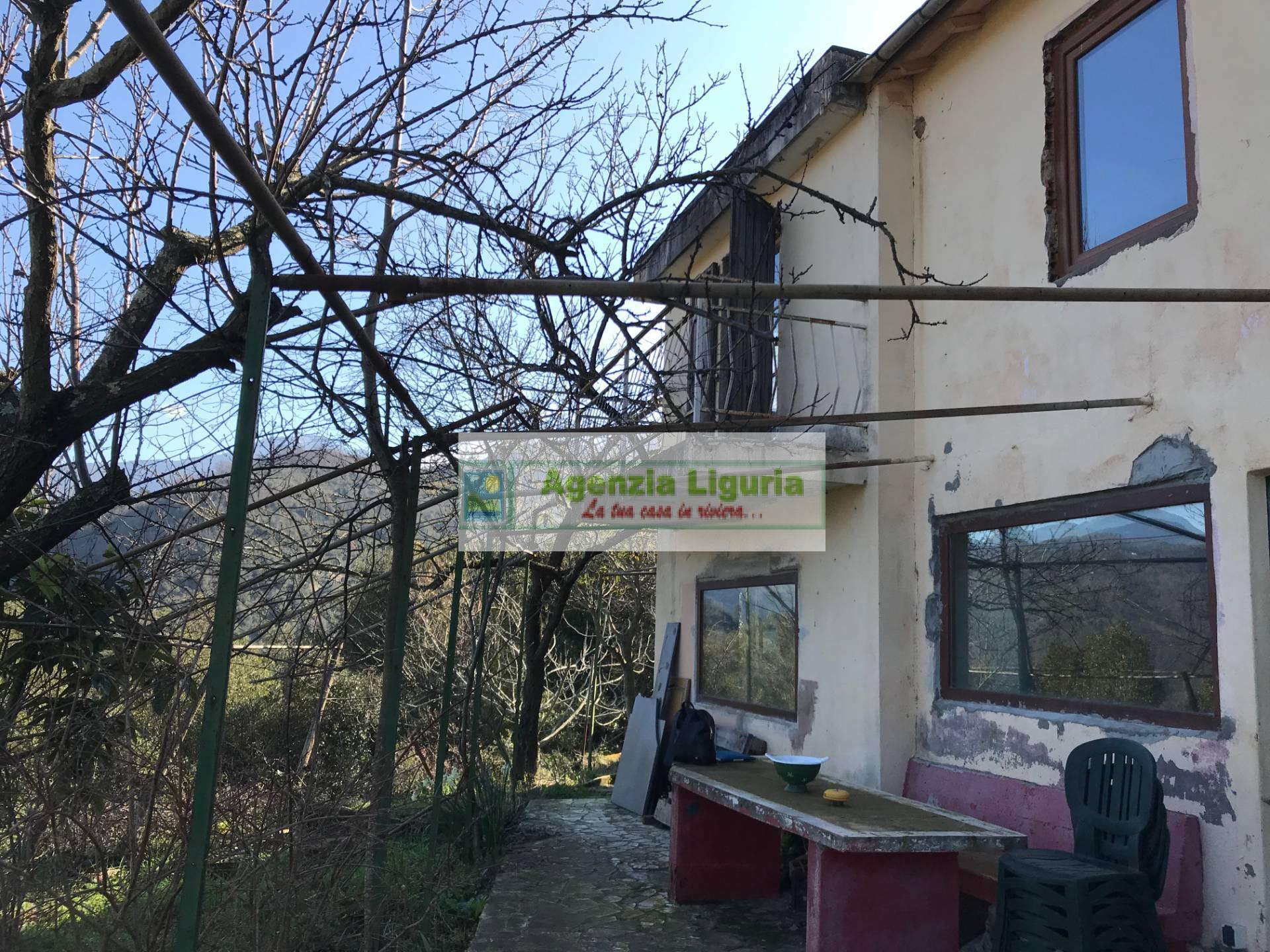 Soluzione Indipendente in vendita a Apricale, 4 locali, prezzo € 45.000 | PortaleAgenzieImmobiliari.it