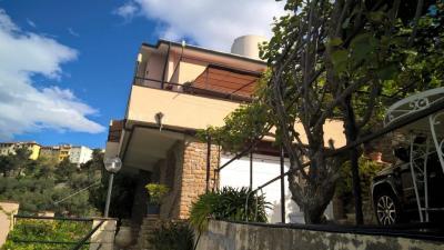 Villa for Sale to Perinaldo