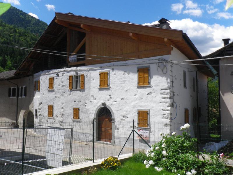 Appartamento in affitto a Zuclo, 2 locali, prezzo € 350 | CambioCasa.it
