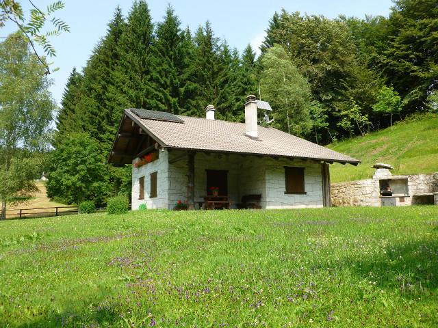 Casale rustico in vendita tione di trento id 16140 for Case in stile artigiano in vendita in california