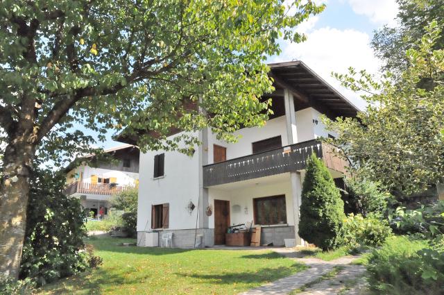 Villa in vendita a Spiazzo, 6 locali, zona Località: Fisto(Ches, prezzo € 290.000 | CambioCasa.it
