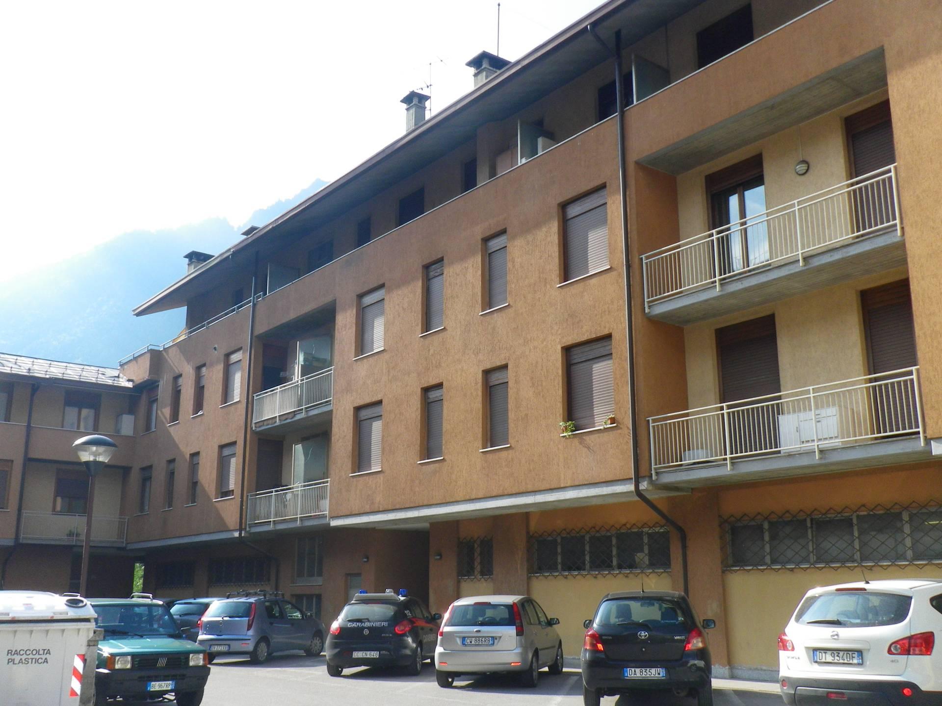 Foto appartamento in affitto a Tione di Trento (Trento)
