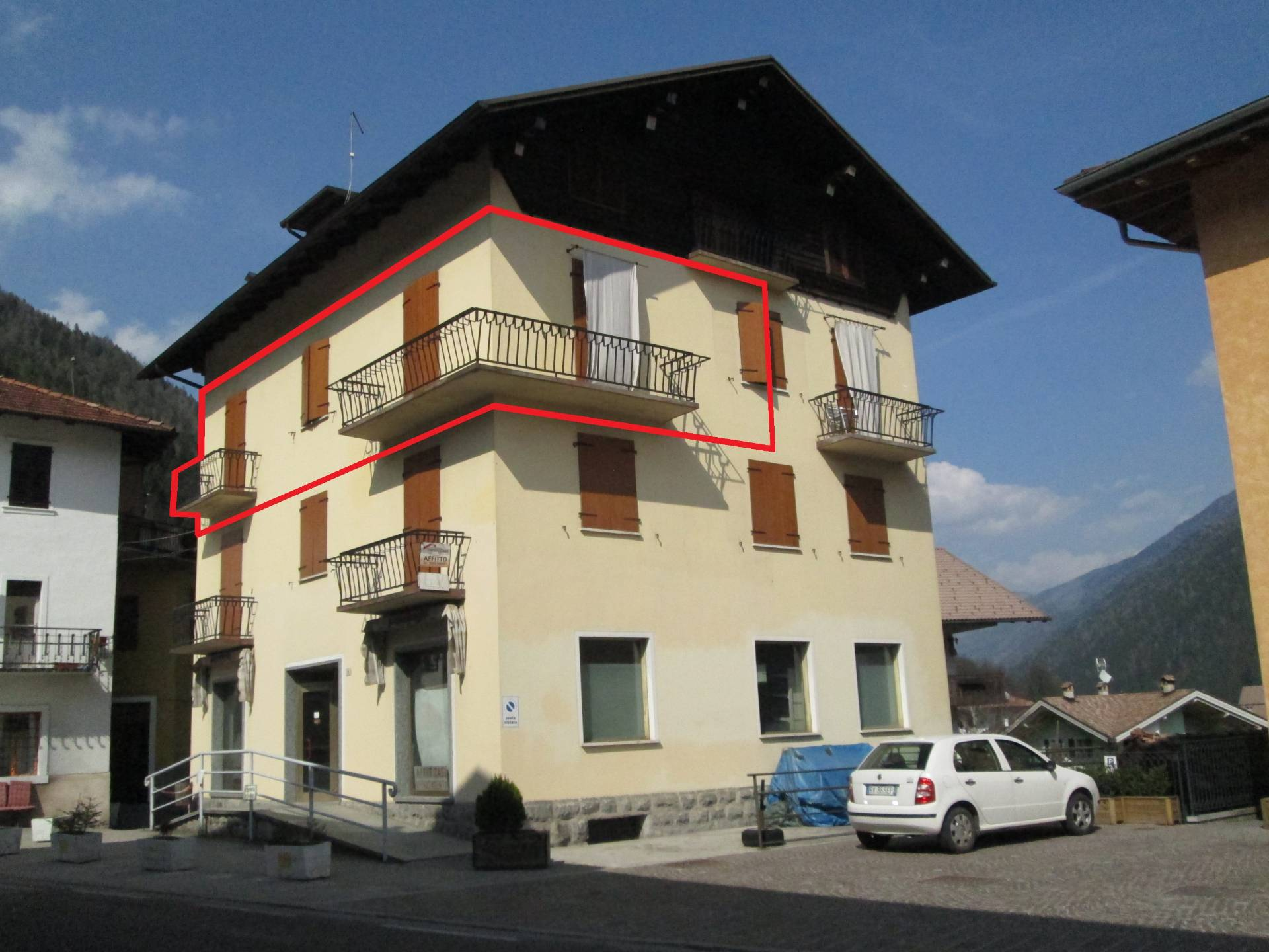 Appartamento in affitto a Villa Rendena, 3 locali, zona Zona: Iavrè, prezzo € 300 | CambioCasa.it