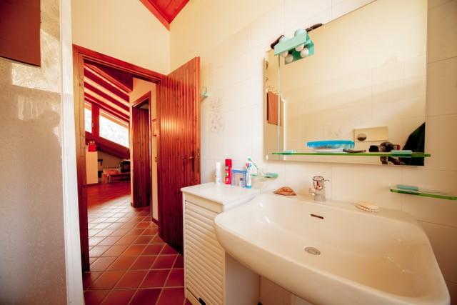 Foto appartamento in vendita a Porte di Rendena (Trento)
