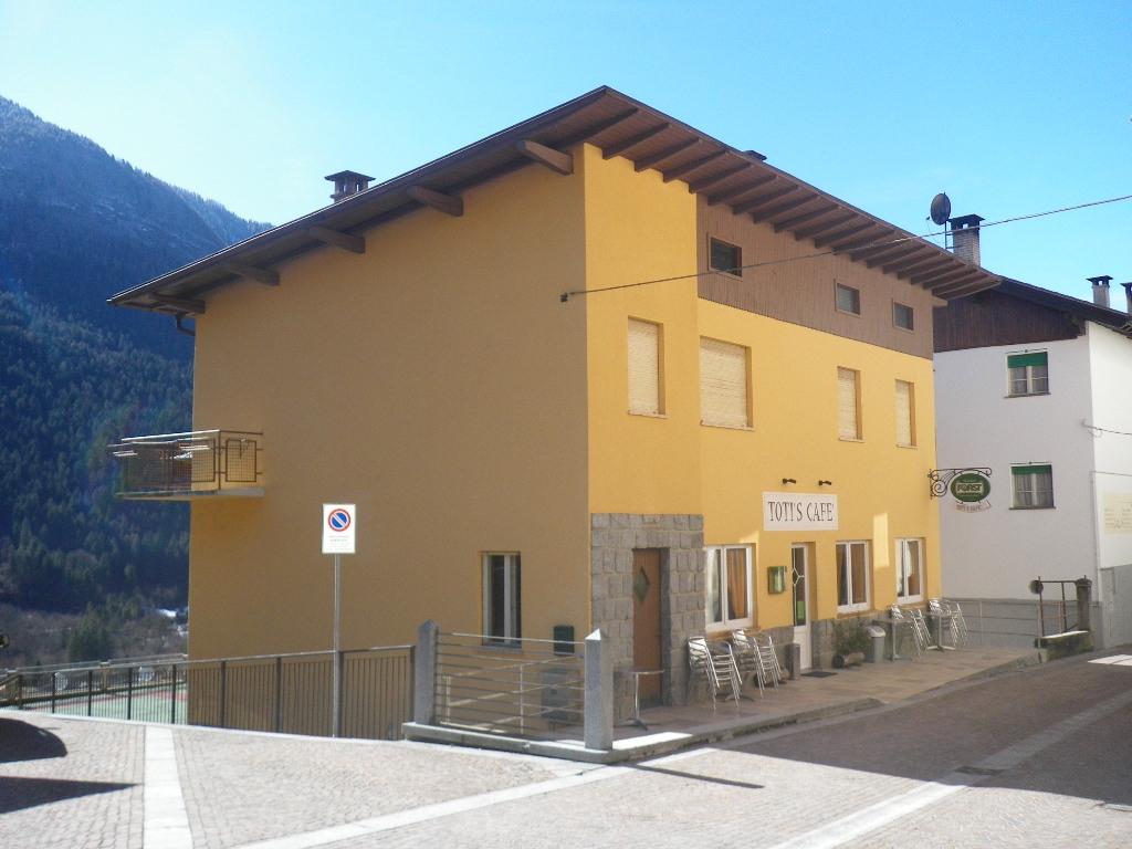 Negozio / Locale in vendita a Ragoli, 9999 locali, Trattative riservate | CambioCasa.it
