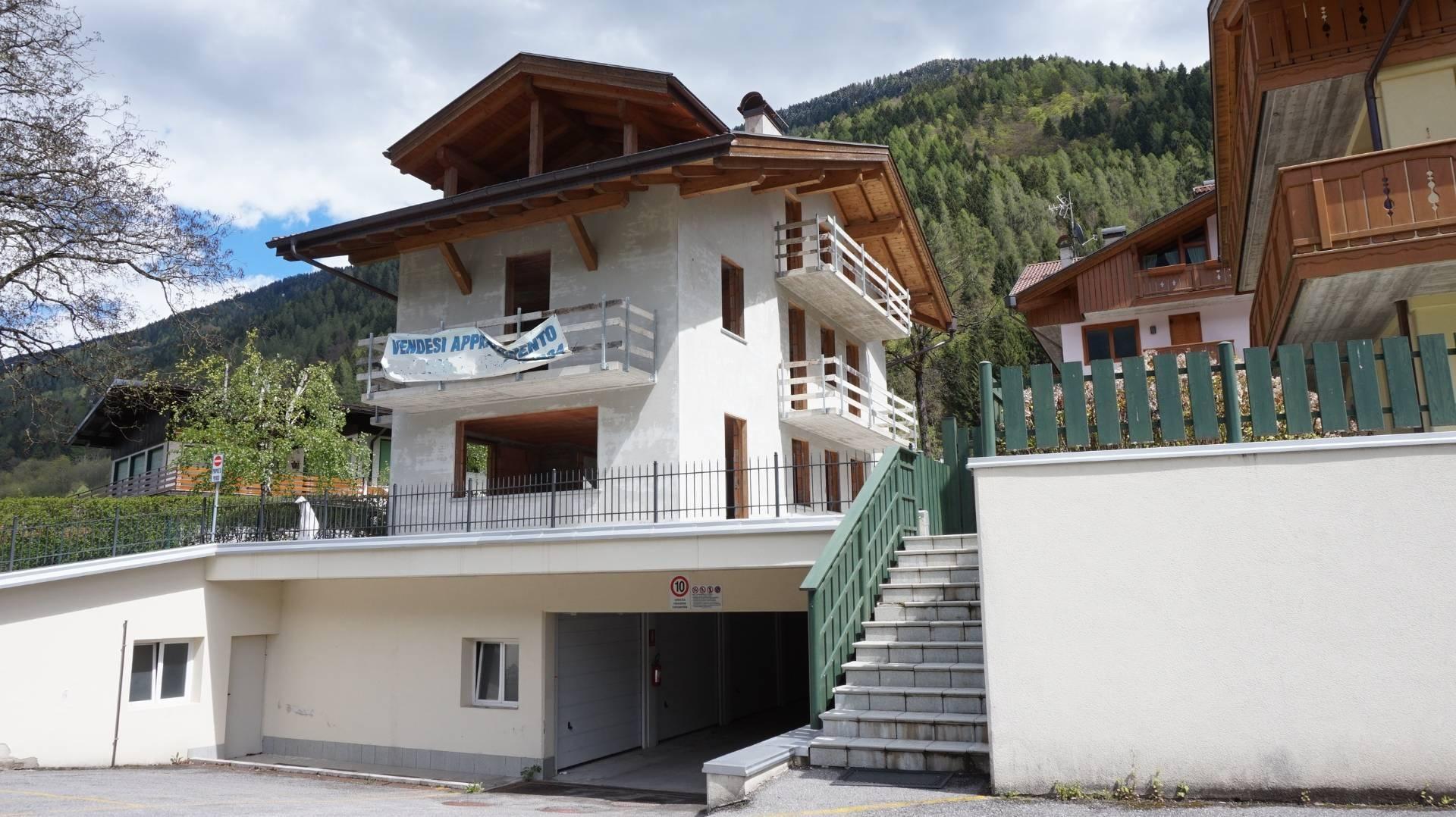 Villa in vendita a Bocenago, 7 locali, prezzo € 220.000 | CambioCasa.it