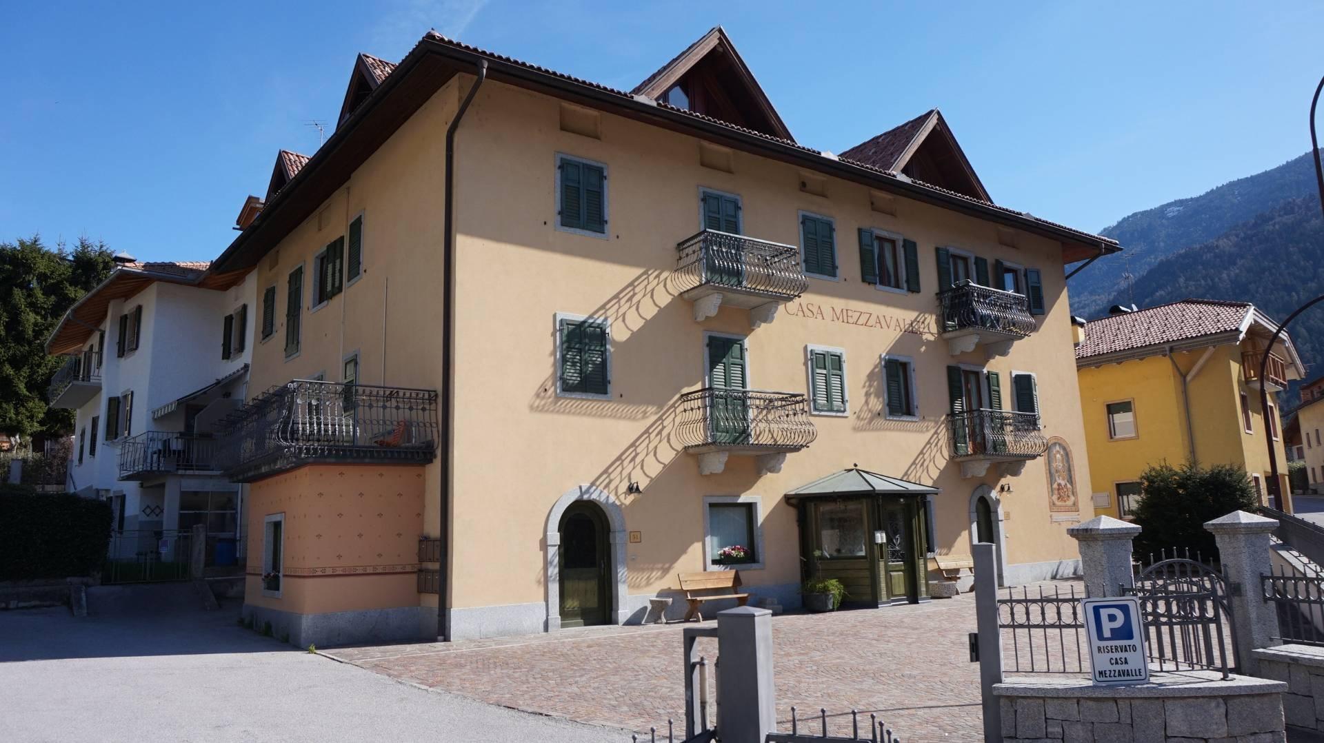 Negozio / Locale in affitto a Pelugo, 1 locali, prezzo € 450 | CambioCasa.it