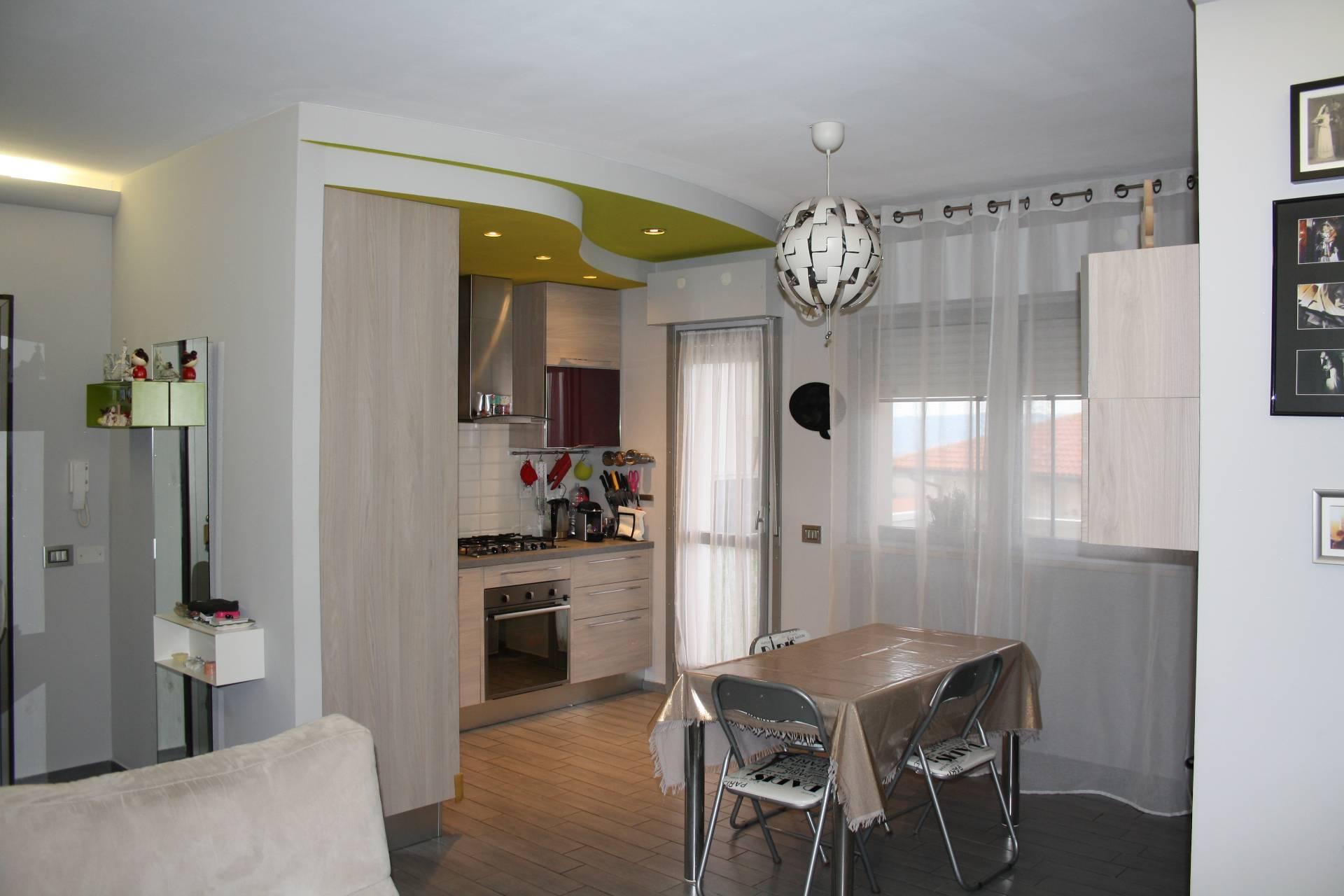Appartamento in vendita a Pianella, 3 locali, prezzo € 85.000   CambioCasa.it