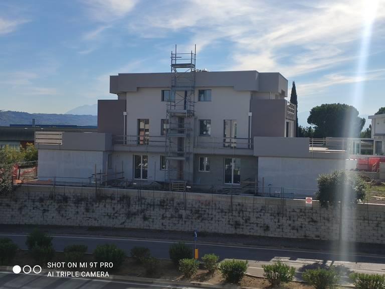 spoltore vendita quart: villa raspa realcantieri