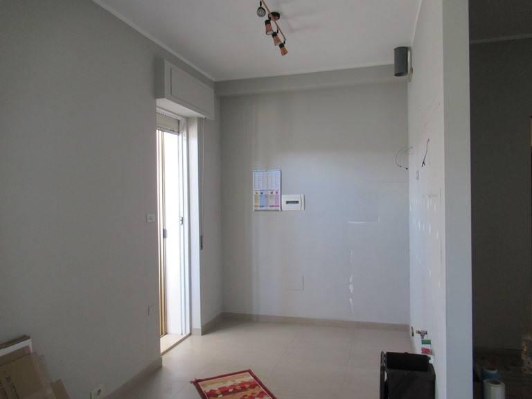 Appartamento in affitto a Spoltore, 5 locali, zona Località: VillaRaspa, prezzo € 480 | CambioCasa.it