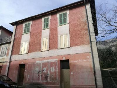 Casa singola in Vendita a Pescosansonesco