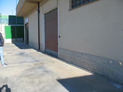 magazzino/garage in Vendita a Pescara