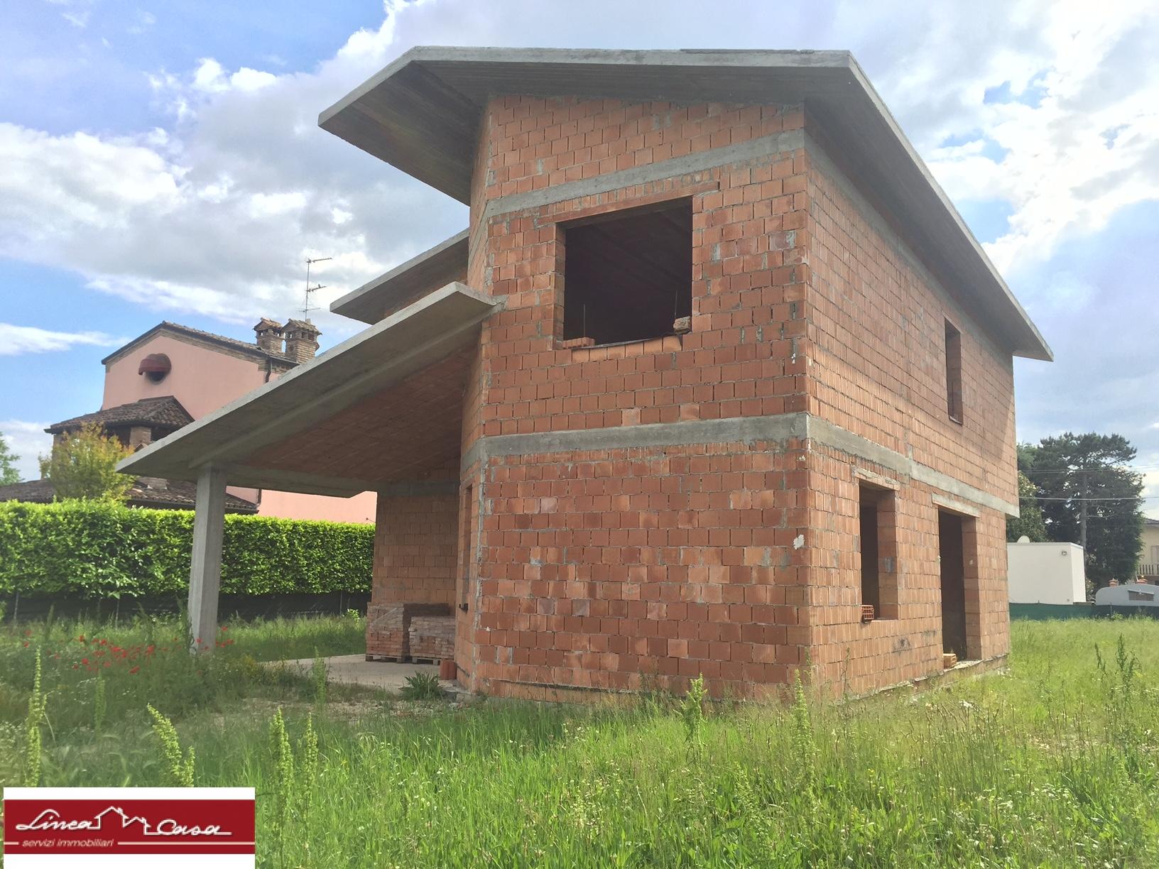 Soluzione Indipendente in vendita a Ro, 6 locali, zona Zona: Ruina, prezzo € 150.000   CambioCasa.it