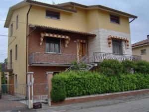 Casa con due appartamenti in Vendita a Portomaggiore