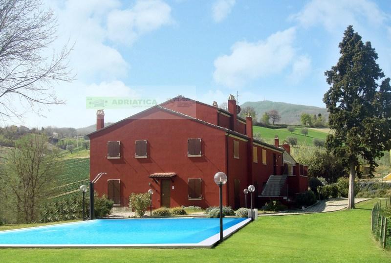 Appartamento in vendita a Rotella, 3 locali, prezzo € 114.000 | CambioCasa.it