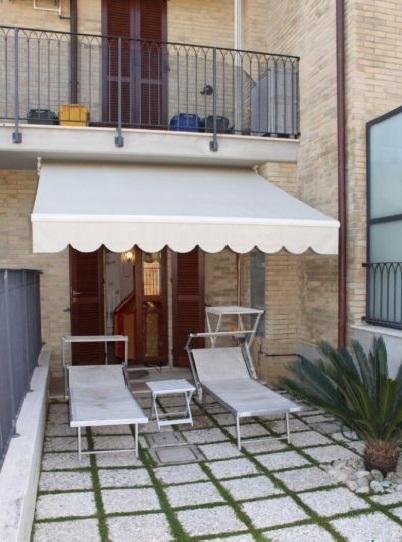 Appartamento in vendita a Acquaviva Picena, 3 locali, prezzo € 135.000 | CambioCasa.it