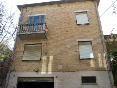 Casa singola in Vendita a Acquaviva Picena