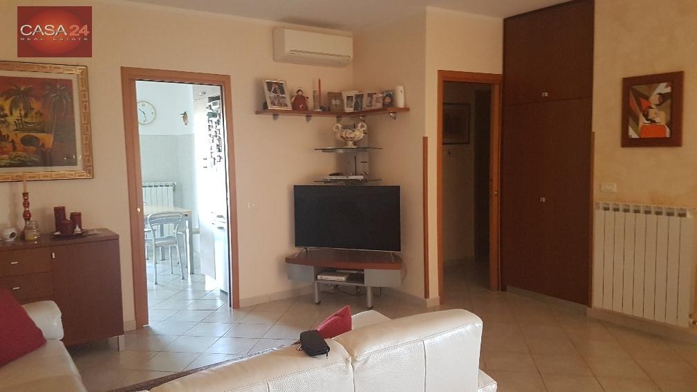 vendita appartamento latina r5 zona ex svar  238000 euro  5 locali  115 mq